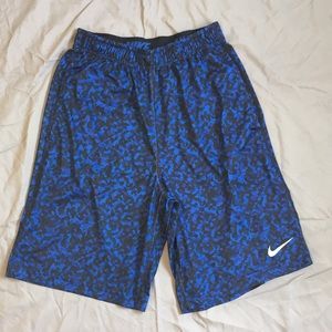 Nike Dri-Fit Performance Basketball Shorts: Small
